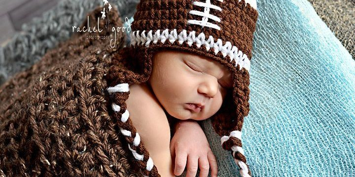 Baby Football Beanie {Tutorial}