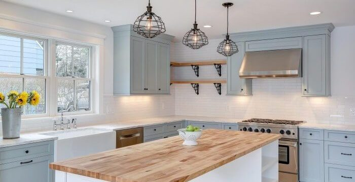 Kitchen Cabinetry Tips for a Farmhouse Kitchen